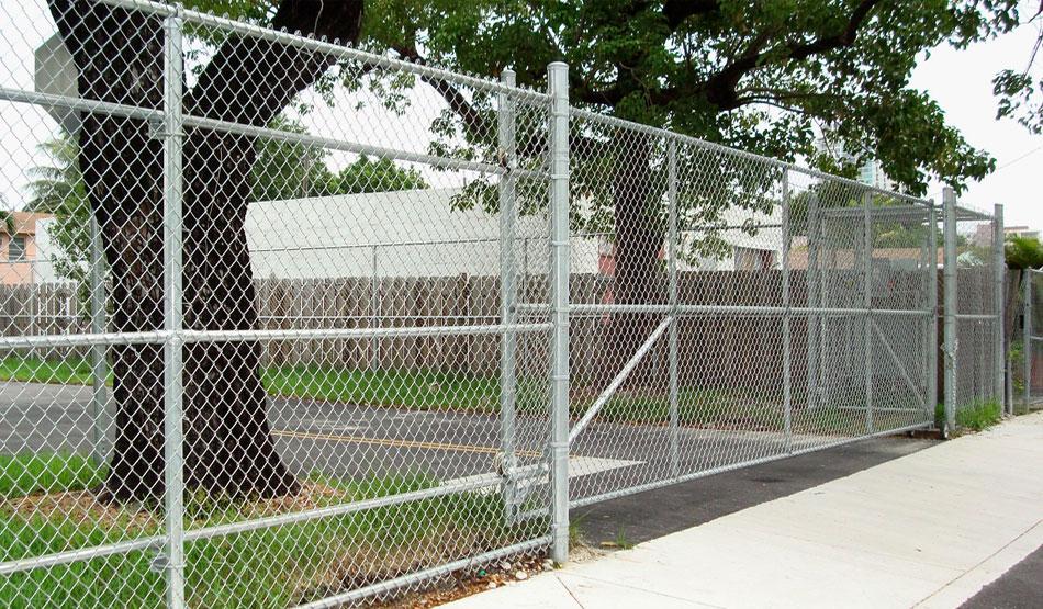 Commercial fencing columbus ohio fences