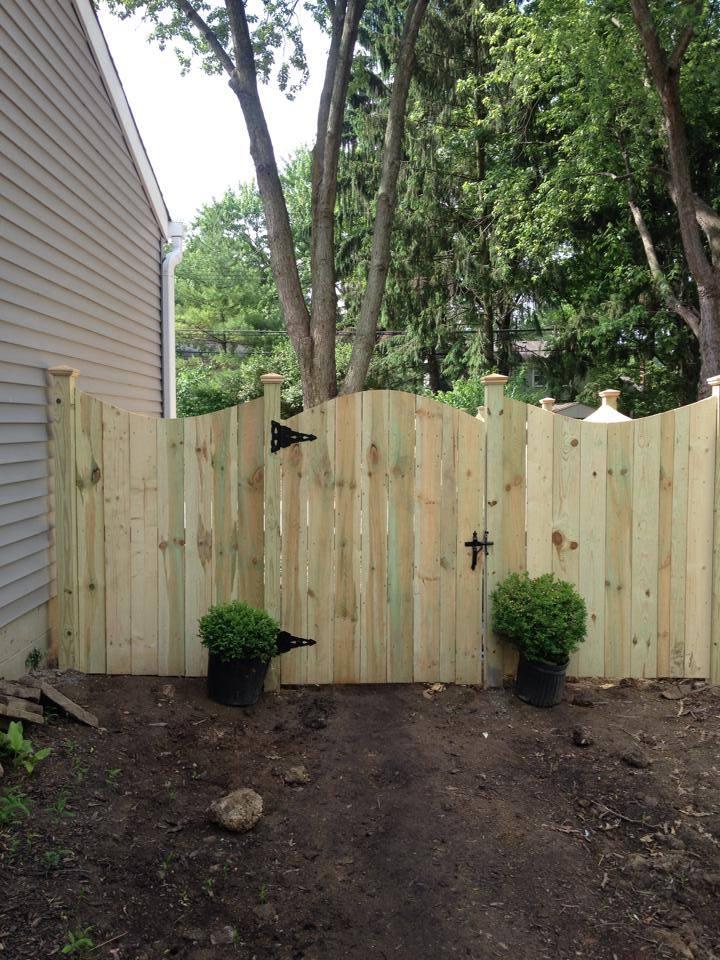 Wood Fence Columbus Ohio Hamilton Fencing Columbus Ohio